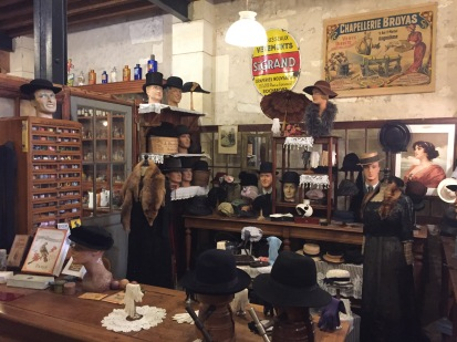 C3. Small trades musee - Rochefort - Hat maker 02.07.17.