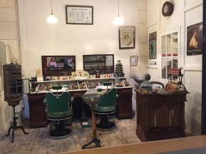 C4. Small trades musee - Rochefort - Hairdresser 02.07.17