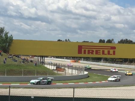 B1. Porsches racing, Barcelona 13.5.18.